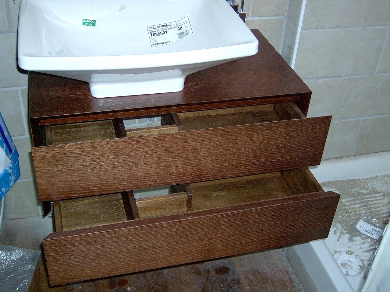 Un mobiletto porta lavandino in rovere falegnameria - Costruire un mobiletto ...